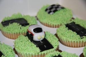 LIttle rally car cupcakes