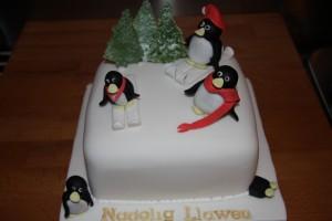 Penguins Christmas Cake