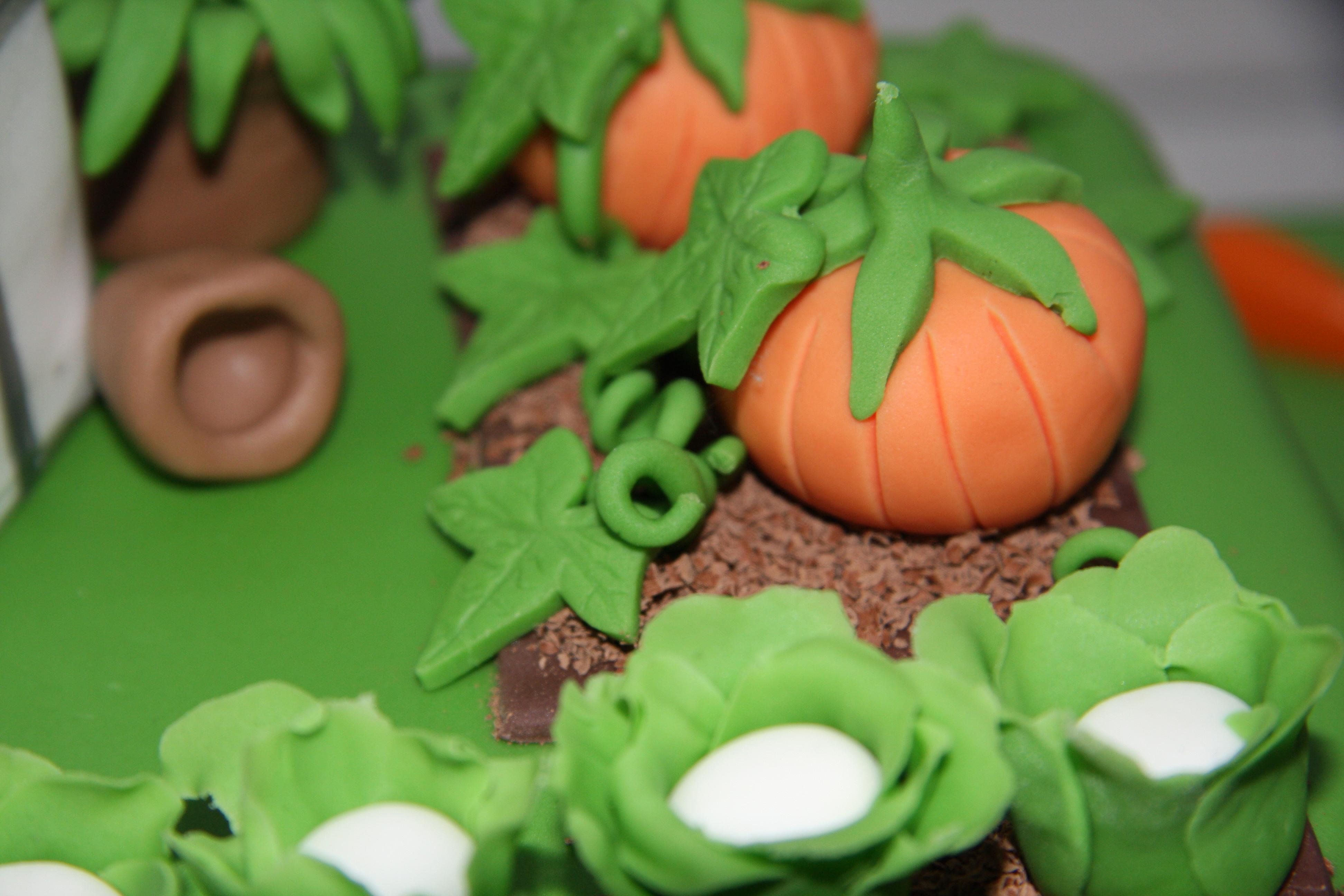 cake the keen gardener