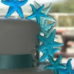 Starfish and seahorses wedding cake