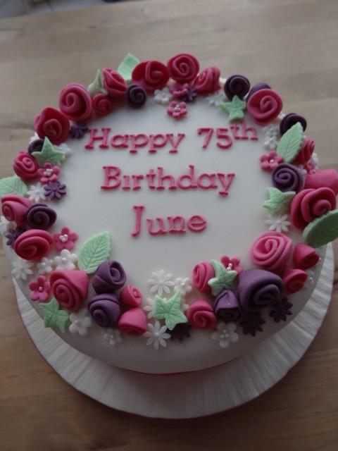 Flowery fun cake